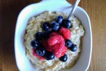 Check out this hearty, protein rich oatmeal recipe to start your day off right and help support breast milk production